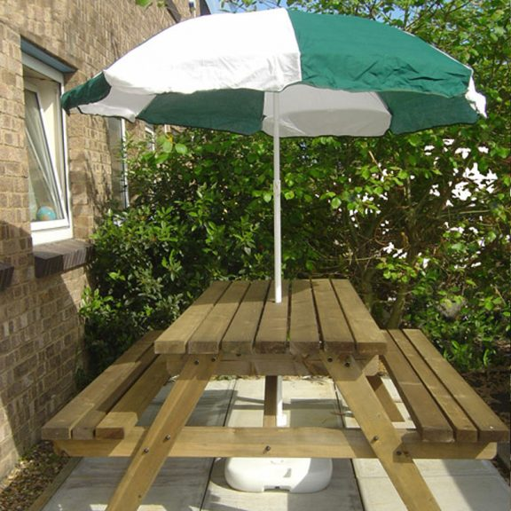 parasol on table white green