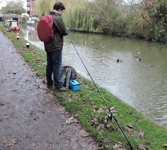 fishing umbrella lifestyle shot