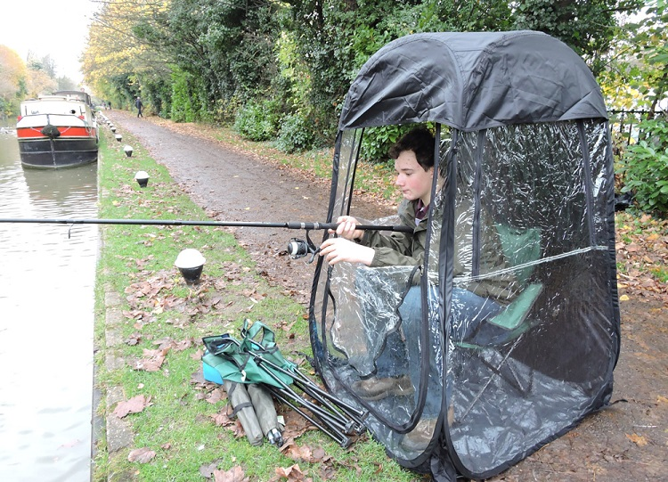 Pop-Up Fishing umbrella / Shelter