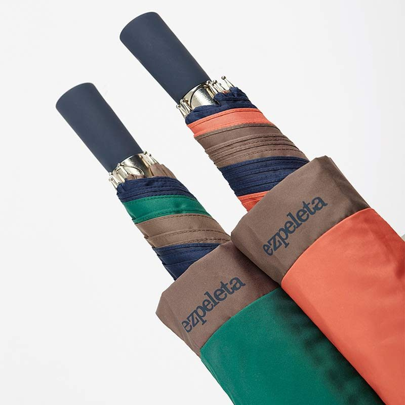 Ezpeleta TriColor Automatic Folding Golf Umbrellas handles close up