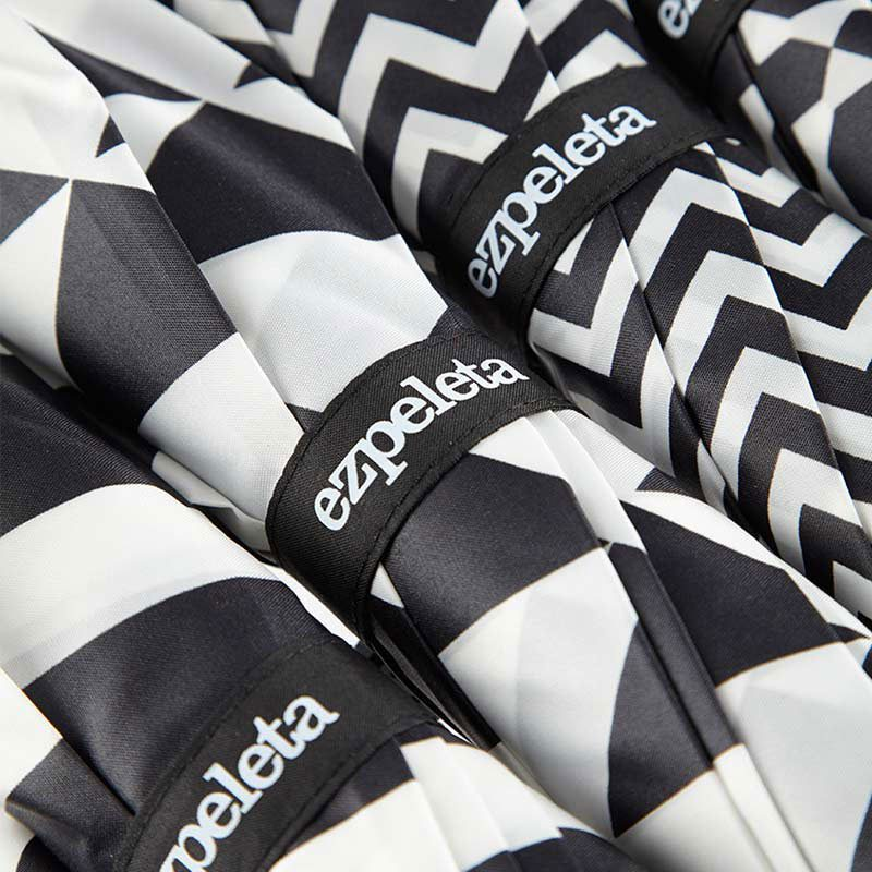 Ezpeleta Monochrome Walking Umbrella