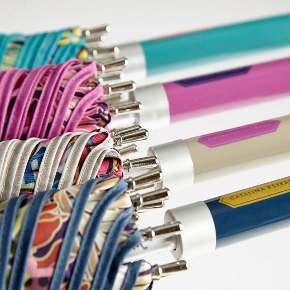 Ezpeleta Tropicana Floral Automatic Umbrellas handles